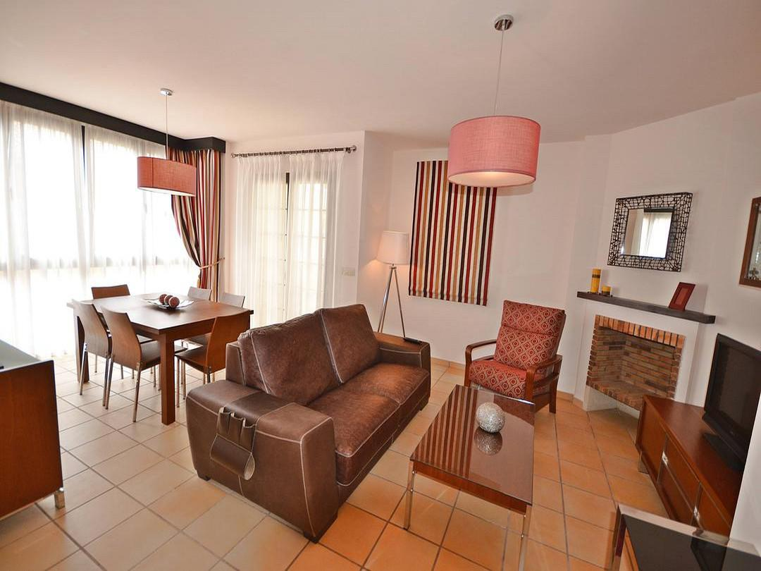 Apartamento -                                       Hda -                                       2 dormitorios -                                       4 ocupantes