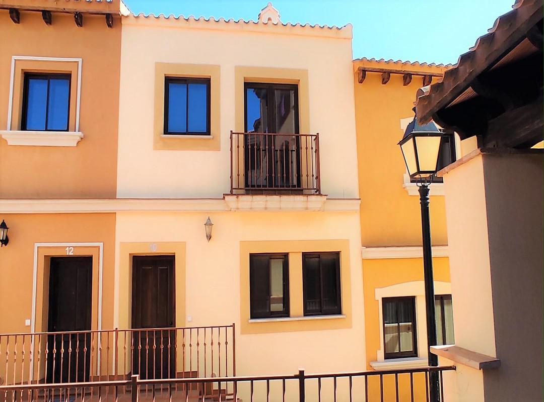 Villa -                                       Fuente Alamo -                                       0 dormitorios -                                       6 ocupantes